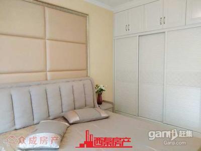 荣新贡院精装三室,客厅超大,紧邻张家花园
