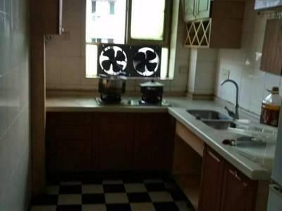 出租汇西富源小区3室2厅1卫115平米1200元/月住宅