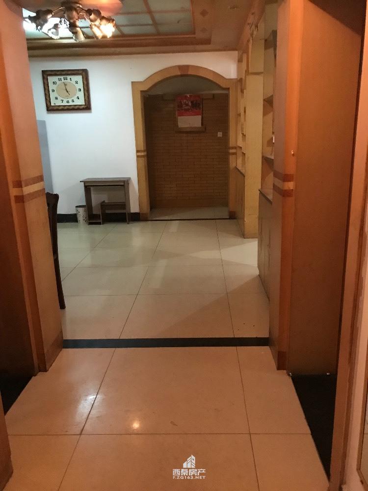 出租同兴路3室2厅2卫152平米1500元/月住宅