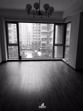 出售南湖领域3室2厅2卫100平米面议住宅