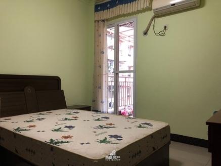 绿盛学校学区房3室1厅中间楼层