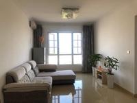 龙湖新城学区房精装修套三诚心出售,户型方正赠送大无浪费,给您一个温馨舒适的家
