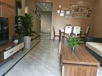 找小户型三室的看过来,创兴城精装三室,房东急售,价格美丽,赠送大!!