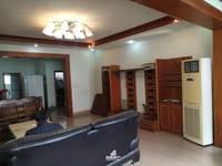 出租其他小区4室2厅2卫177平米1200元/月住宅