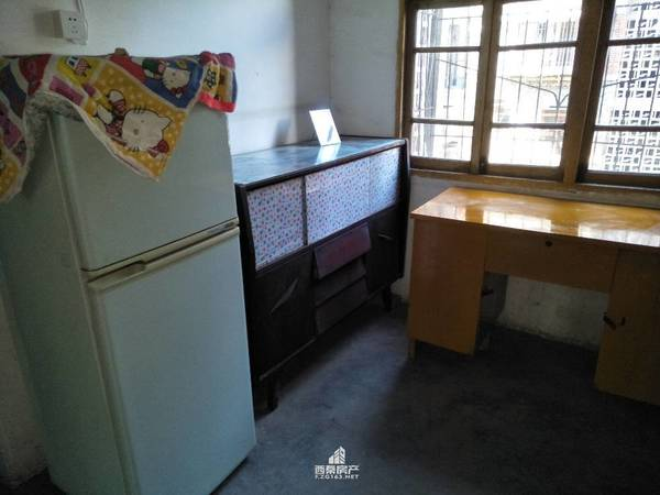 出租煤炭坝2室1厅1卫59平米700元/月住宅