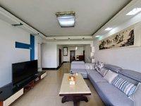 万佳庭院大户型四室精装房,适合一家人居住,面积利用率大