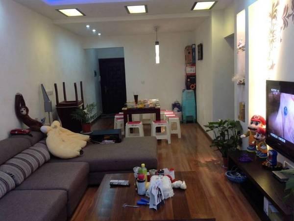 出租广华街2室2厅1卫82平米1500元/月住宅