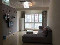 银海金域国际两室两厅一卫,装修大气干净,直接拎包入住。