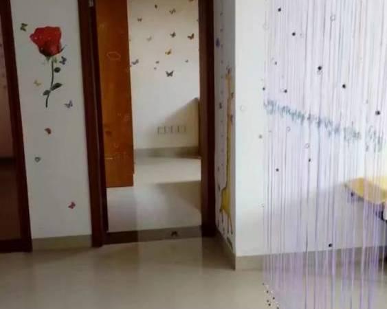 出租翰林尚舒房3室1厅1卫95平米900元/月住宅