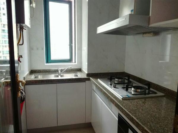 龙湖居家房出租、温馨户型格局装修好、先来先得过年租好房、看房方便