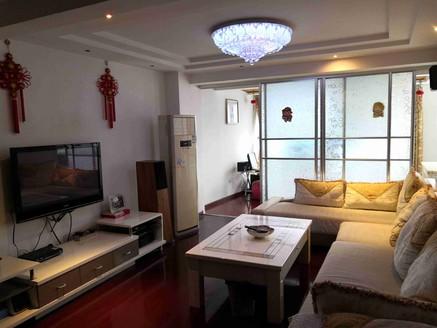 学苑街物华昌舍140平方米4室2厅双卫1阳台1车库豪华装修出售