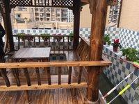 200万买顶跃三层带花园鱼池凉亭5室豪华装修