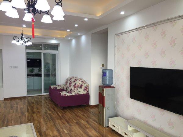 出租河岸家园3室2厅1卫104平米2000元/月住宅