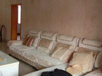 出租白果小区3室2厅1卫110平米1300元/月住宅