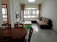 出租卢卡小城2室2厅1卫71平米1400元/月住宅