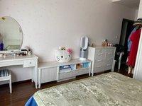 出售尚东国际3室2厅2卫130平米86万住宅