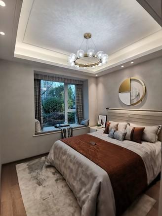 出售绿地 新里城4室2厅2卫105平米58.8万住宅