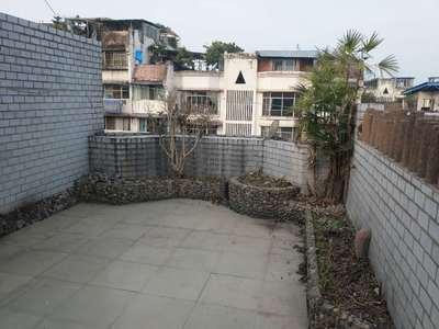 便宜大户型,带顶楼花园,成熟周边。