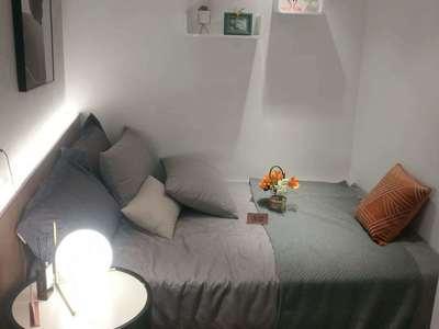 繁华中心,稀缺公寓,生活便利,价格优惠!