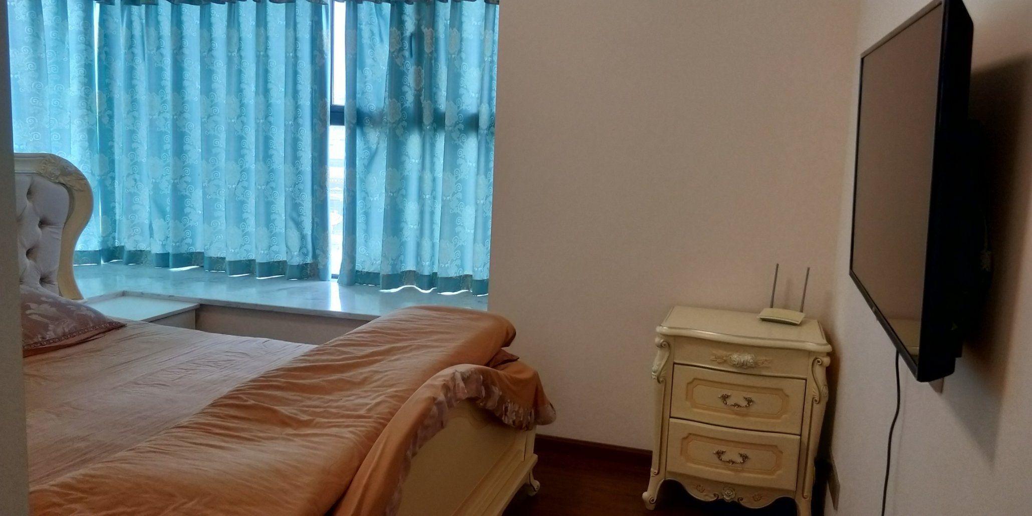 出租华商公园里2室2厅1卫82平米2000元/月住宅