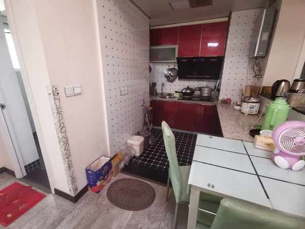 急售南湖国际社区2室2厅1卫76平米53万住宅