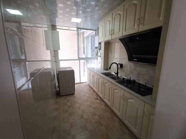 出售南湖公馆2室2厅1卫83平米54万住宅