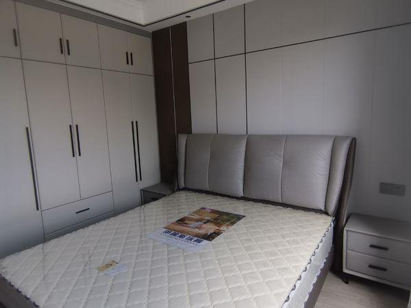 南湖逸都2室2厅1卫79平米62.5万住宅