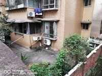 出售白果小区3室2厅2卫138.5平米48万住宅
