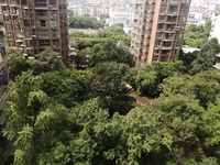 出售第四套住房4室2厅2卫158平米125万住宅,花园50平