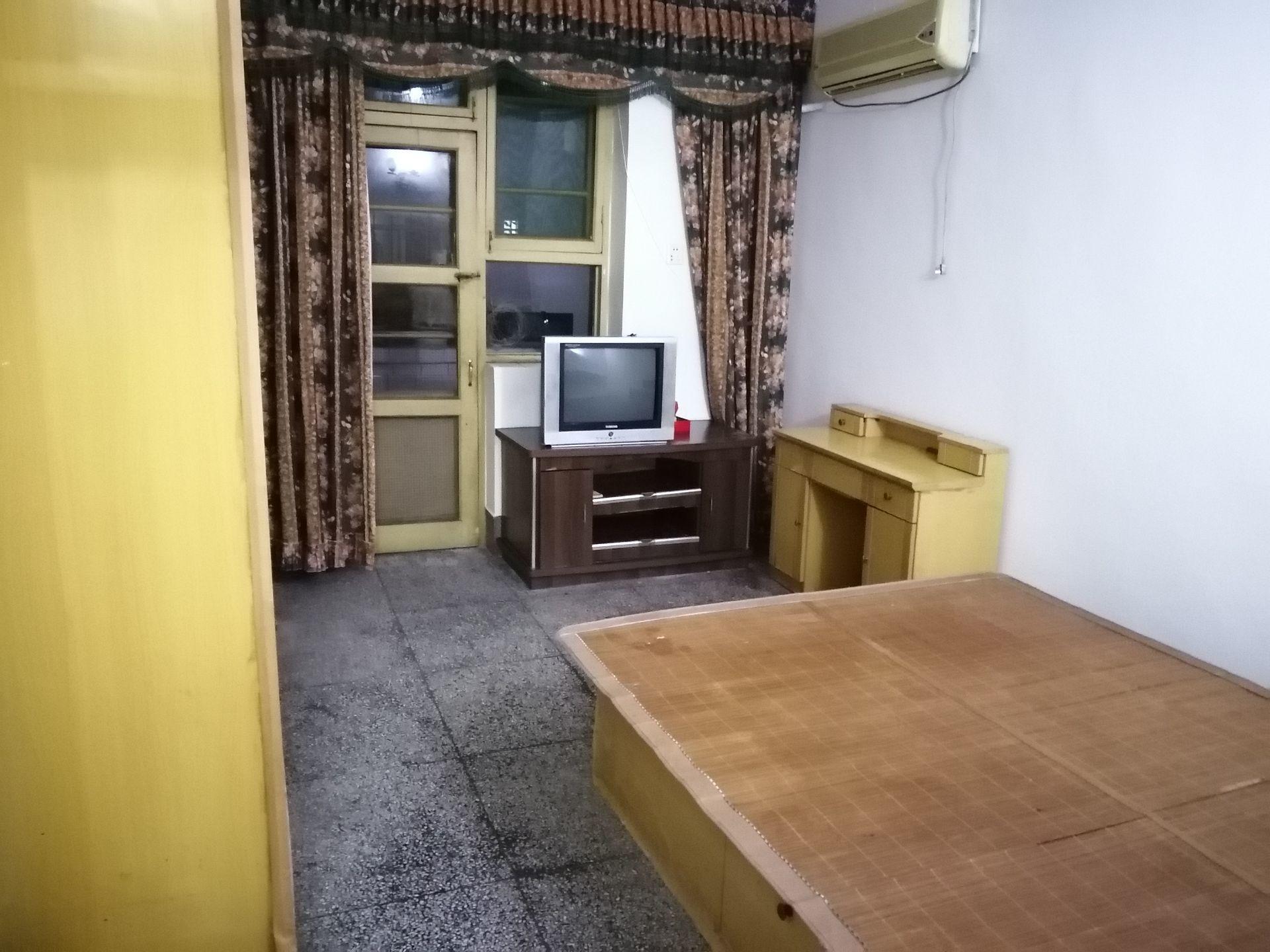 出租自贡万达广场2室1厅1卫63平米650元/月住宅