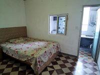 出租龙城国际2室0厅1卫56平米680元/月住宅