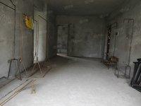 南湖公馆多层带电梯出售 标准三室双卫 65万现房出售 学区房南湖地段满两年产权
